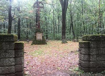 Okradziony cmentarz w Sterkowcu!