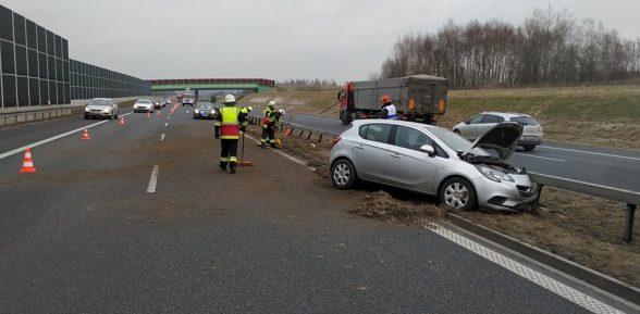 Sterkowiec / Kolizja na autostradzie / 14 lutego 2019 r.